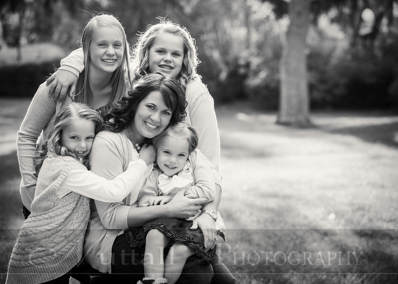 Gustaveson Family 59bw