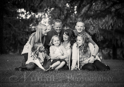 Gustaveson Family 10bw