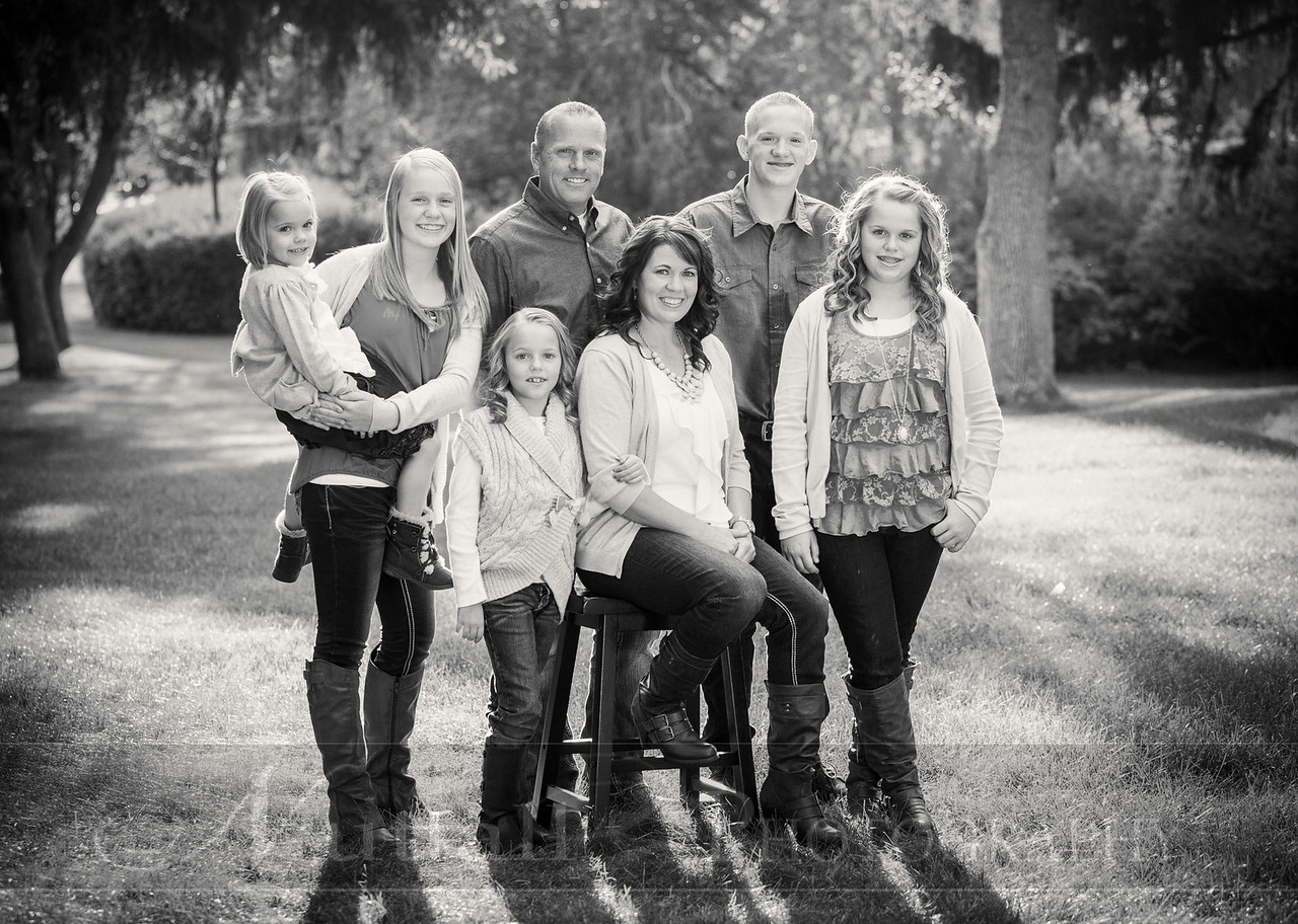 Gustaveson Family 46bw