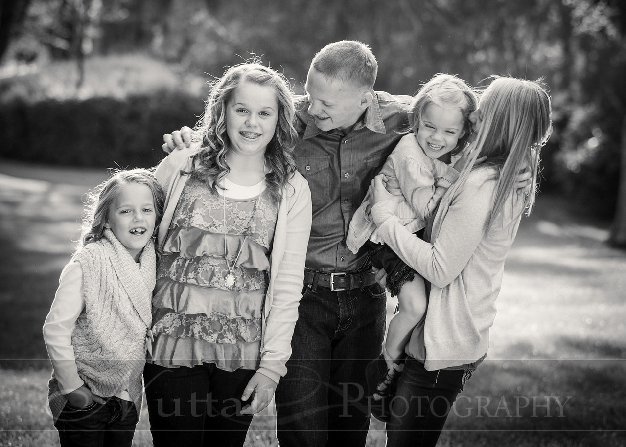 Gustaveson Family 43bw