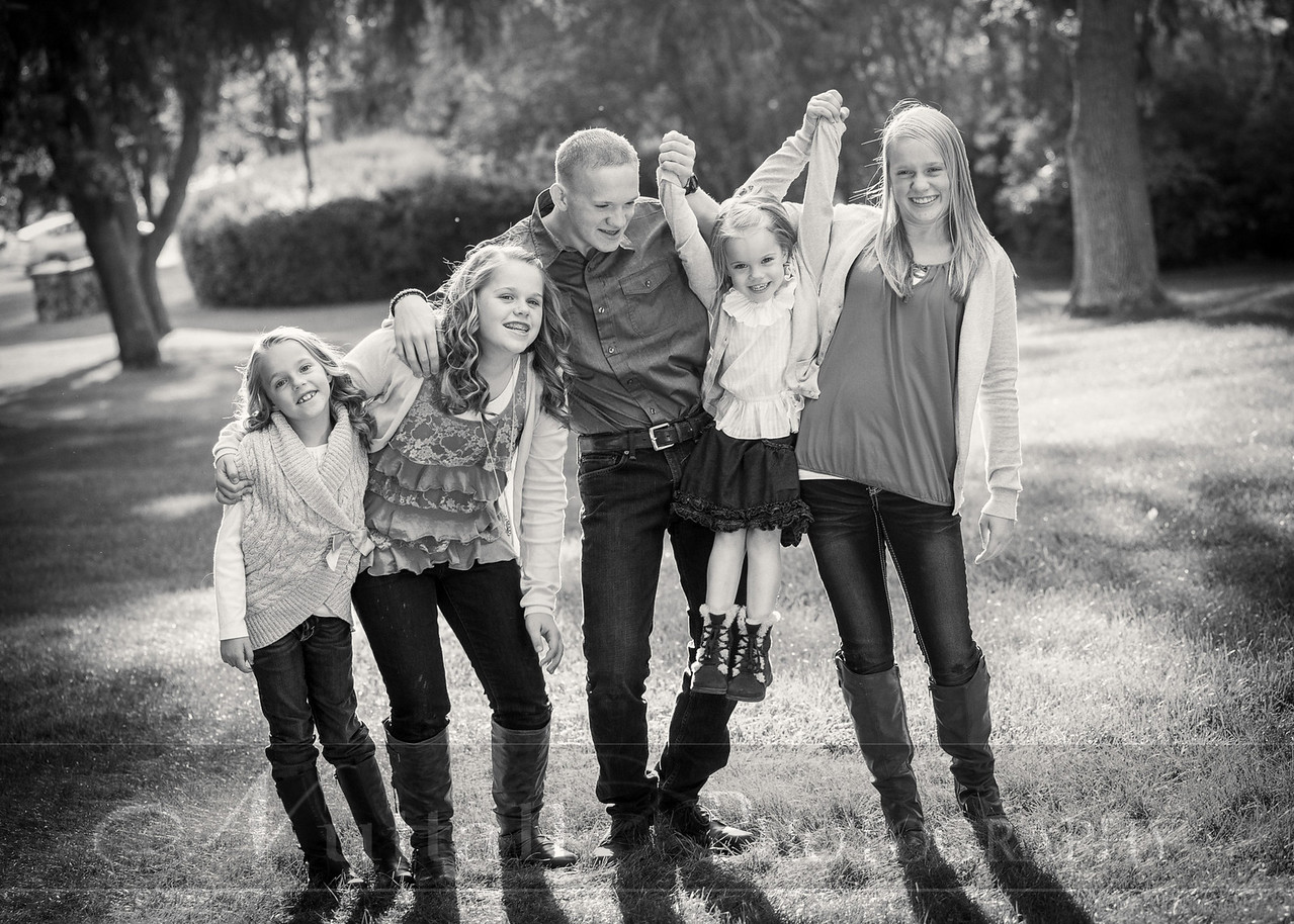Gustaveson Family 41bw