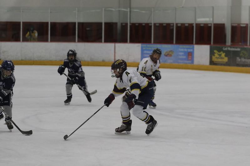 2015-Nov_25-OGradySon-Hockey_SilverSticks-JPM0072