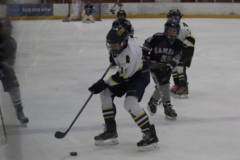 2015-Nov_25-OGradySon-Hockey_SilverSticks-JPM0084