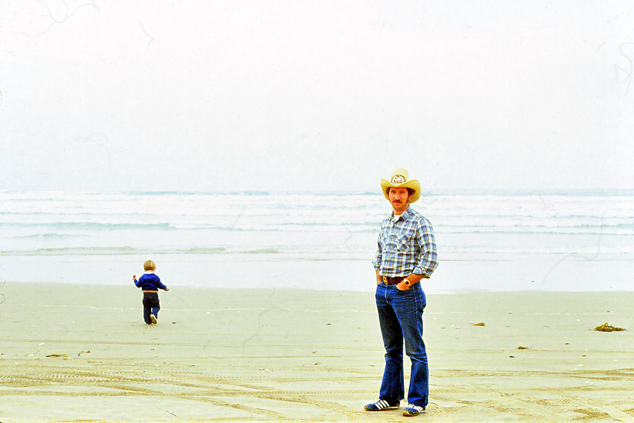 Dad & David on the beach @ Pismo 1981