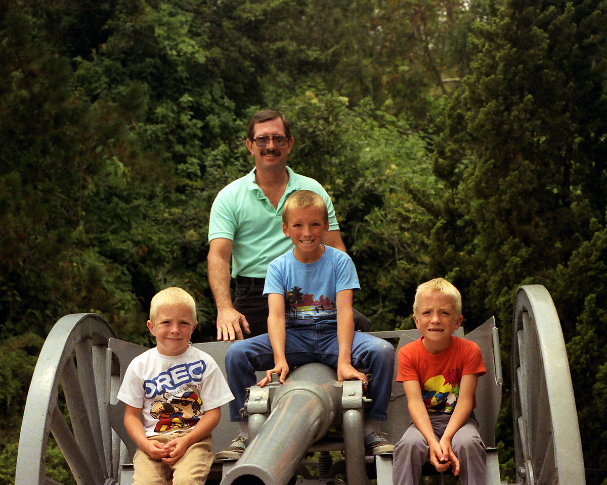 Mark, David, Jason, & Dad on the Canon @ Universal Studios