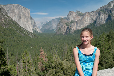 Tunnel View with El Capitan, Bridal Veil Falls and Half Dome in the distance