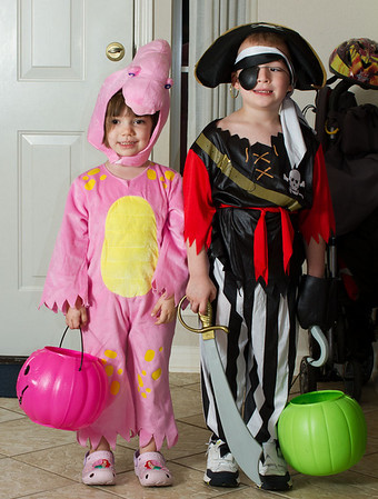 Halloween with Stephanie, Ricky, Derek and Evelyn, 2010