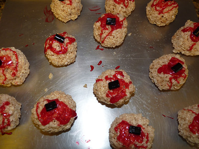 Bloody Eyeball cookies