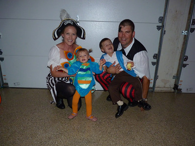 Ari, Cambria, Joey, & Mark Halloween 2011
