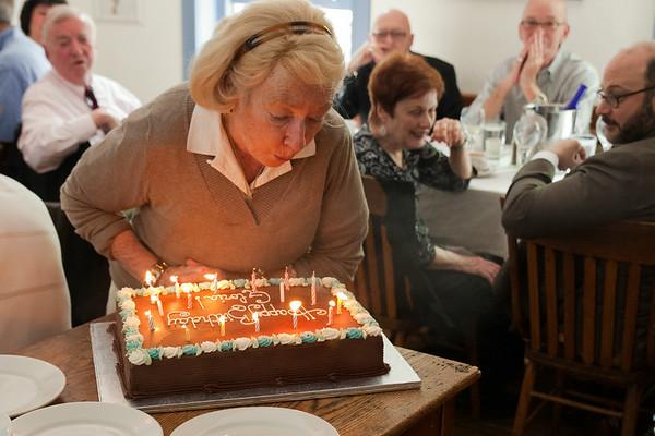 Happy Birthday Gloria !