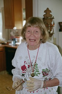 2005 Mom Xmas Laughing