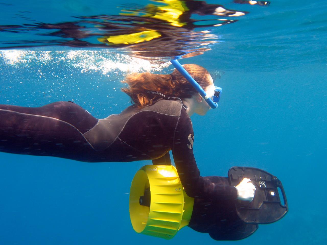 James Bond-style underwater jet pack
