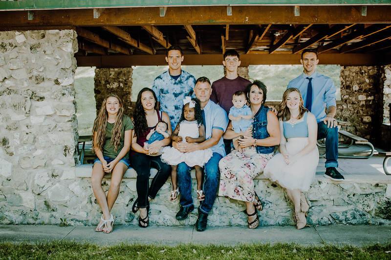 00009--©ADHPhotography2018--JamesAliciaHegwood--Family--July8