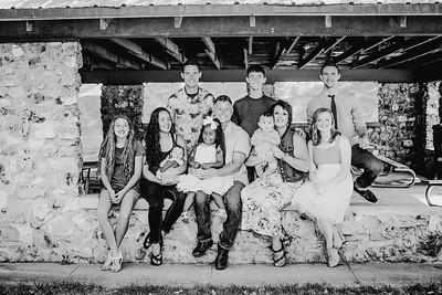 00014--©ADHPhotography2018--JamesAliciaHegwood--Family--July8