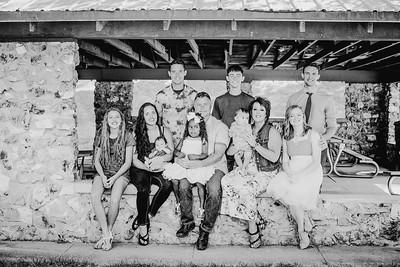 00018--©ADHPhotography2018--JamesAliciaHegwood--Family--July8
