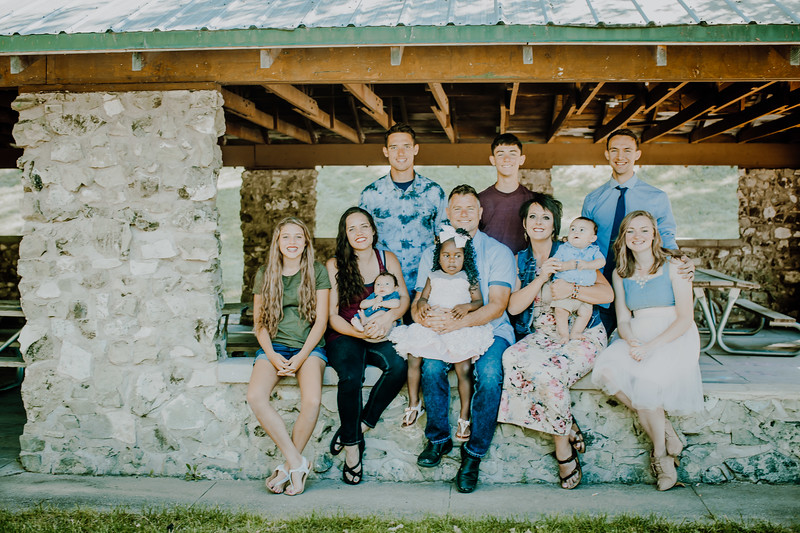 00023--©ADHPhotography2018--JamesAliciaHegwood--Family--July8