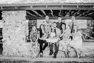 00024--©ADHPhotography2018--JamesAliciaHegwood--Family--July8