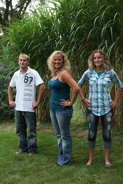 grad family-3285