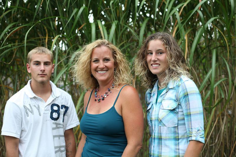 grad family-3243
