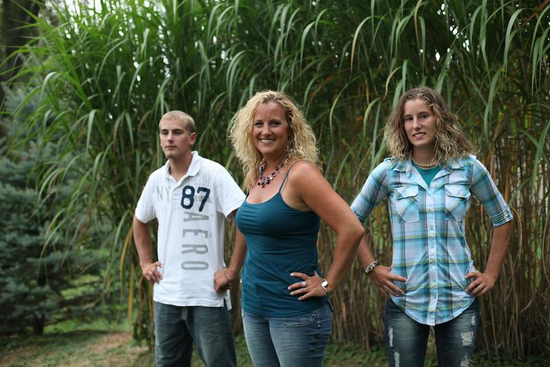 grad family-3280