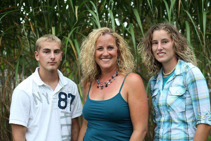 grad family-3249
