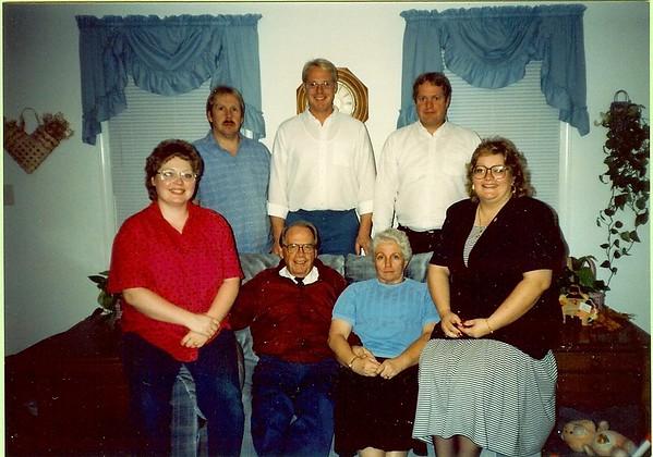 H Z & Fam 1990