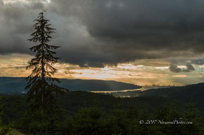 Hermit Ridge<br /> 06/10/2017<br /> 8:03 PM