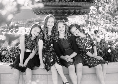 Hirschi Girls 007bw