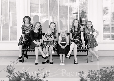 Hirschi Girls 022bw