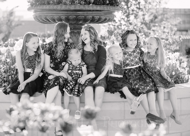 Hirschi Girls 004bw