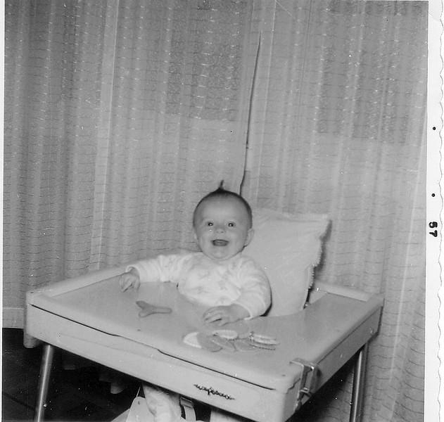 Califonia Suzette in Baby Butler-8