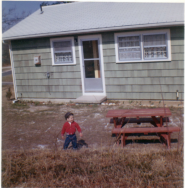 Cape Cod 1962 (Michael 3 yrs)-4