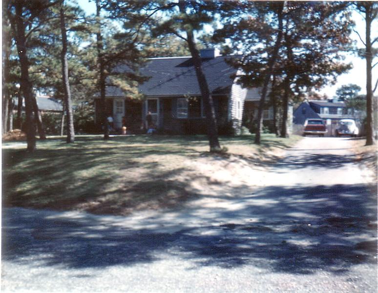 Cape Cod House-18