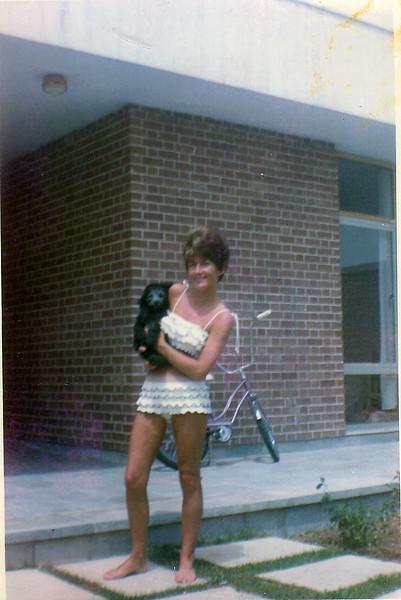 Iran Mom & poodle-54