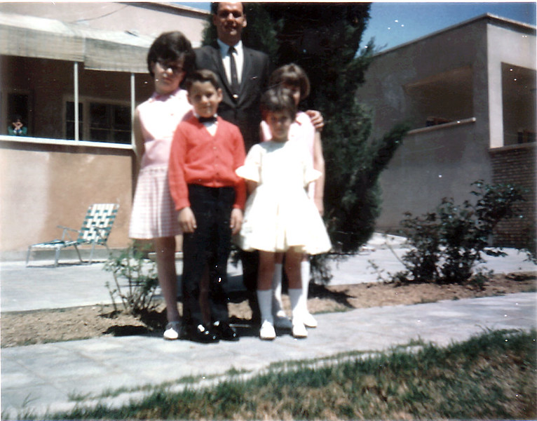 Iran Dad & kids-14