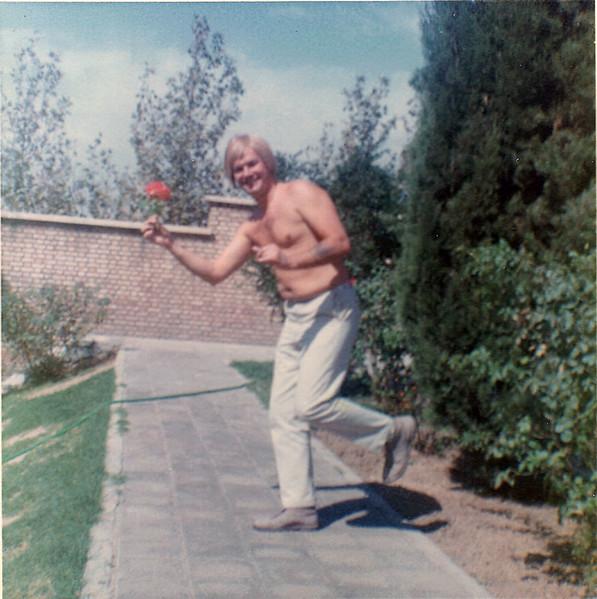 Iran Dad Flower Power-49