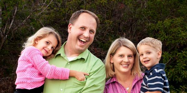 Family Photoshoot at Buena Vista Park in Vista, CA