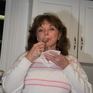 Oma likes those meatballs too.