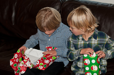 Grant and Saxon just can't wait to open presents.