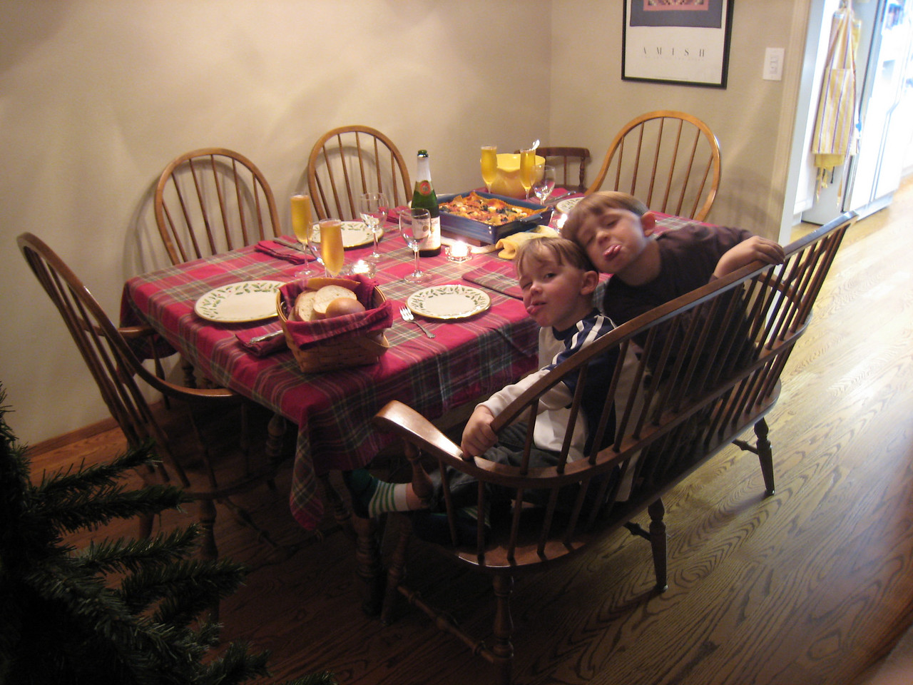 Crazy kids at the dinner table.