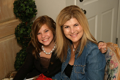 Kelsey and her mom, Lissa.