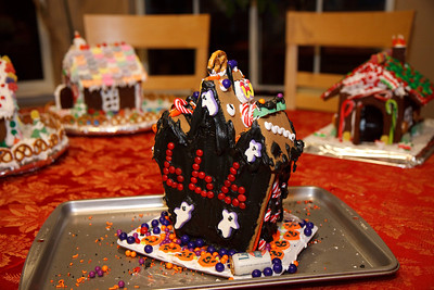2008_gingerbread_houses-20