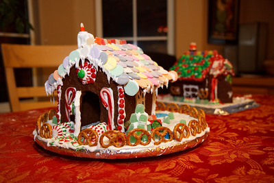 2008_gingerbread_houses-19