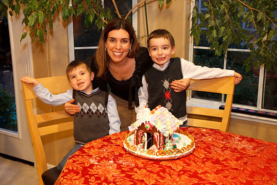 2008_gingerbread_houses-18