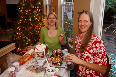 2008_gingerbread_houses-2