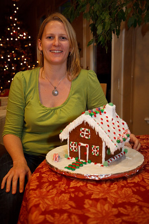 2008_gingerbread_houses-23