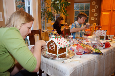 2008_gingerbread_houses-10