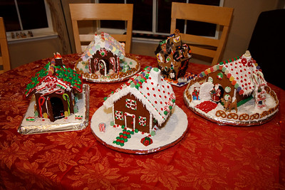 2008_gingerbread_houses-26