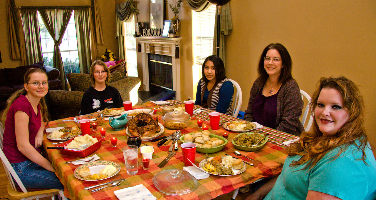 Thanksgiving Dinner with Lisa and Brianna, November 2008