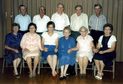 Vernon W Hornbaker brothers and sisters - 1987